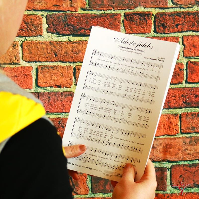 Chornoten: Adeste fideles
