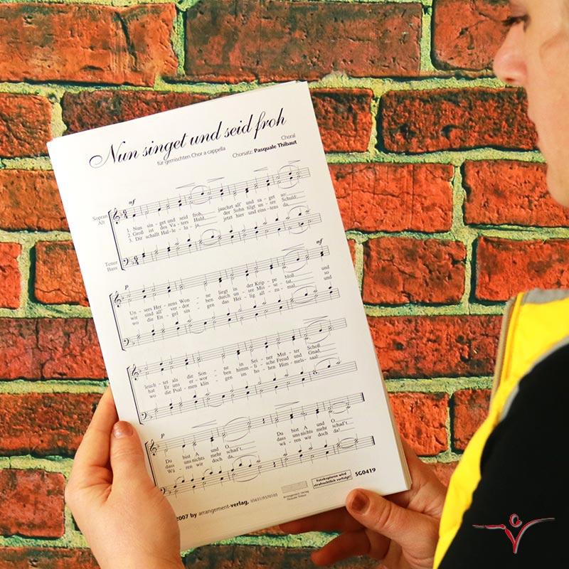 Chornoten: Nun singet und seid froh