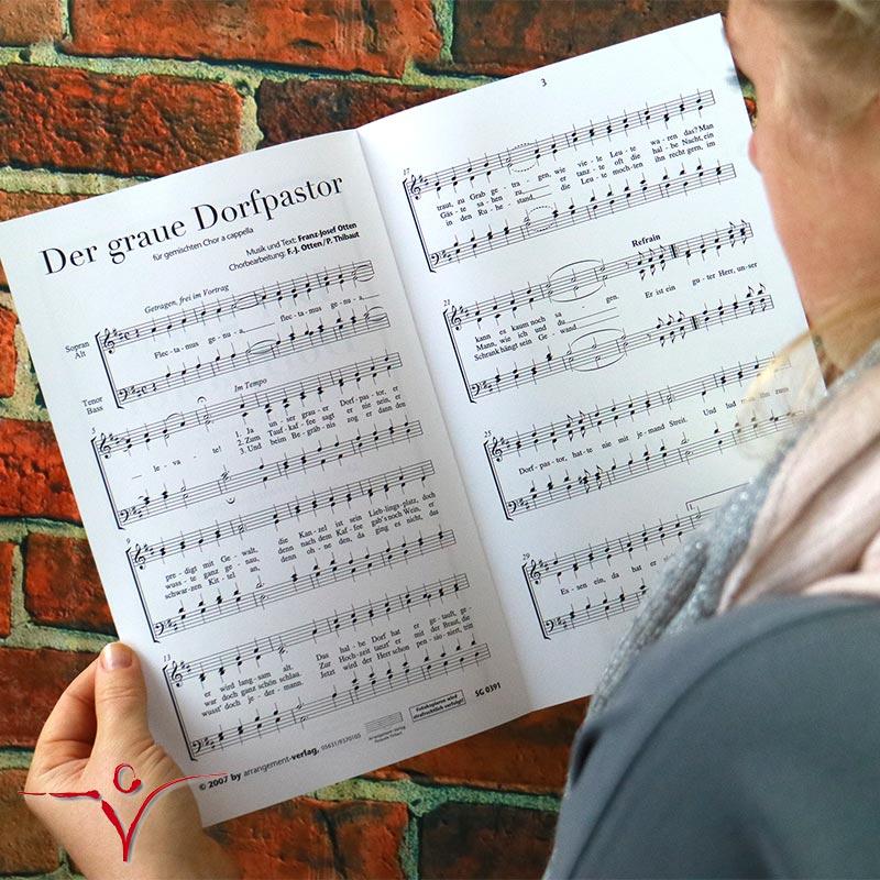 Chornoten: Der graue Dorfpastor (vierstimmig)