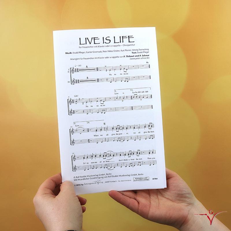 Chornoten: Live is Life (vierstimmig)